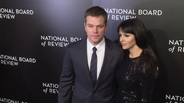 matt damon and luciana damon at the national board of review gala honoring the 2015 award winners at cipriani 42nd street on january 05, 2016 in new... - luciana barroso video stock e b–roll