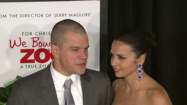 matt damon and luciana damon at 'we bought a zoo' premiere red carpet new york ny united states - luciana barroso video stock e b–roll