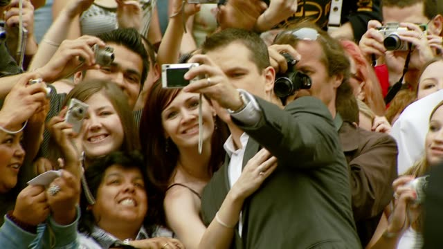 matt damon at the 'ocean's thirteen' handprint and footprint ceremony at grauman's chinese theatre in hollywood california on june 5 2007 - matt damon stock videos and b-roll footage