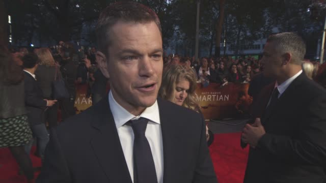 interview matt damon on the science behind the film wanting audiences to see the film what he would do if he was stranded on mars working with ridley... - matt damon stock videos and b-roll footage