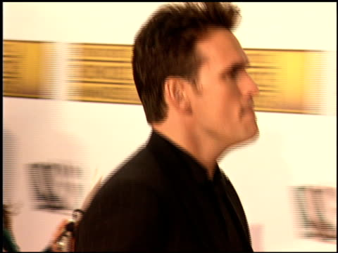 vídeos de stock e filmes b-roll de matt dillon at the 2006 annual critics' choice awards at santa monica civic auditorium in santa monica, california on january 9, 2006. - prémios critics choice movie awards