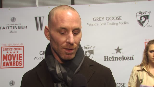 Matt Gerald on how Avatar cleaned up at the awards show if he listens to the critics opinions how there were a few bad reviews and what he is...