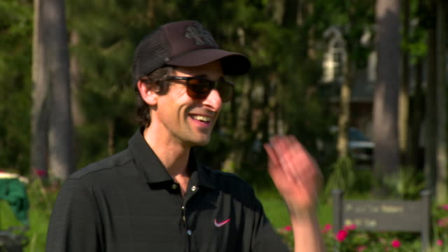matt kuchar and adrien brody at grey goose vodka presents tpc uncorked with matt kuchar and adrien brody at tournament players club sawgrass on may... - grey goose vodka stock videos & royalty-free footage