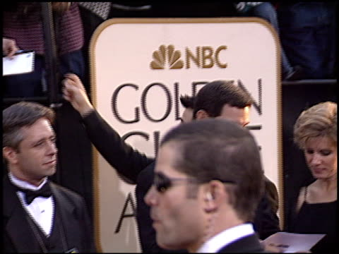 vidéos et rushes de matt leblanc at the 2003 golden globe awards at the beverly hilton in beverly hills, california on january 19, 2003. - golden globe awards