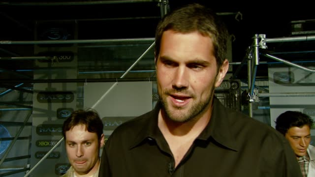 Matt Leinart on the event the storyline the competitive nature of the game and the best time to play Halo at the XBOX 360® HALO 3 Sneak Preview at...