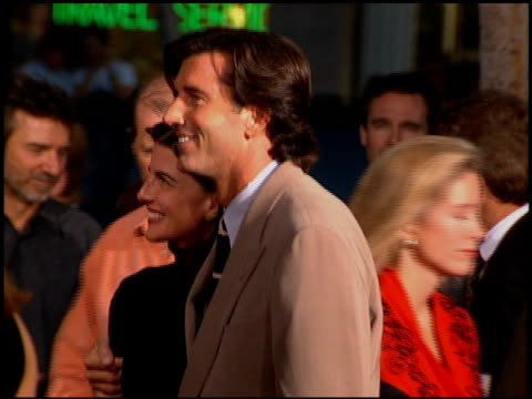 stockvideo's en b-roll-footage met matt mccoy at the premiere of 'the river wild' at grauman's chinese theatre in hollywood, california on september 25, 1994. - mann theaters