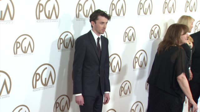 vidéos et rushes de matthew beard at 26th annual producers guild awards in los angeles, ca 1/24/15 - producer's guild of america awards