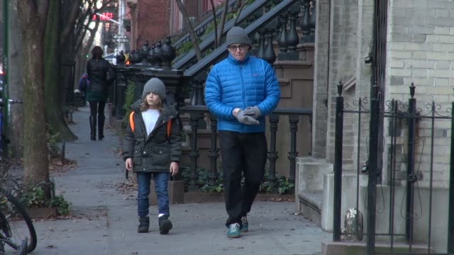 vidéos et rushes de matthew broderick and family. matthew broderick and family. on december 14, 2012 in new york, new york - matthew broderick