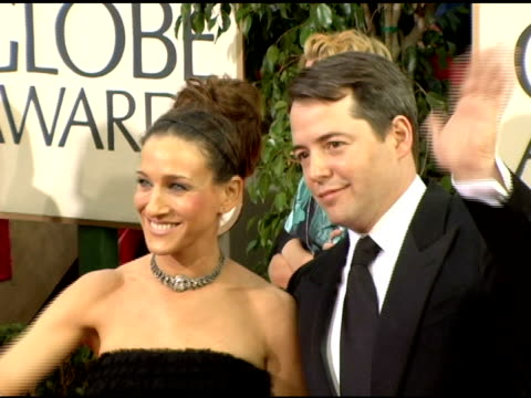 vídeos de stock, filmes e b-roll de matthew broderick and sarah jessica parker at the 2006 golden globe awards arrivals at the beverly hilton in beverly hills, california on january 16,... - sarah jessica parker