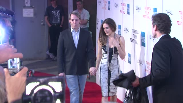 matthew broderick and sarah jessica parker at the 8th annual tribeca film festival 'wonderful world' premiere at new york ny - sarah parker stock videos & royalty-free footage