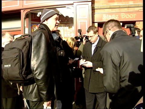 matthew kelly cleared by police itn darlington presenter matthew kelly arriving at theatre surrounded by press talking to press matthew kelly... - darlington north east england stock videos & royalty-free footage