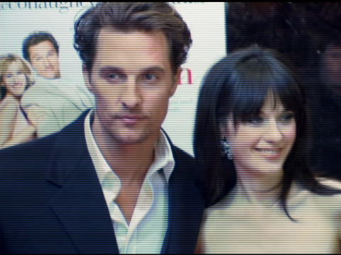 matthew mcconaughey and zooey deschanel at the 'failure to launch' new york premiere at chelsea west in new york, new york on march 8, 2006. - failure to launch stock videos & royalty-free footage