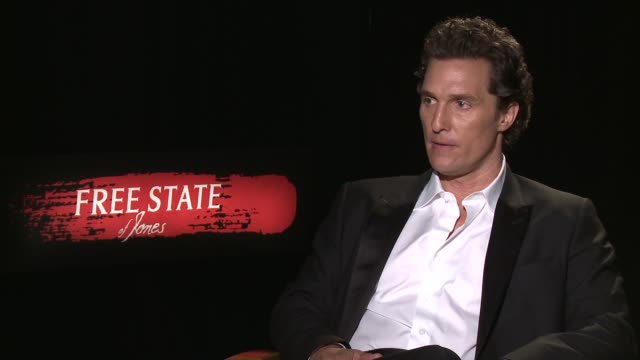 stockvideo's en b-roll-footage met london int matthew mcconaughey interview sot on character he plays in film / on being part of franchise / on his son reading harry potter / on magic... - harry potter naam kunstwerk