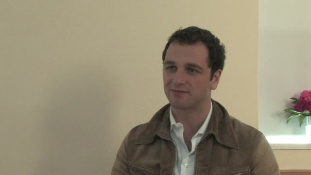 matthew rhys on the pressure of playing a welsh icon such as dylan thomas. at the edinburgh film festival opening at edinburgh . - typisch walisisch stock-videos und b-roll-filmmaterial