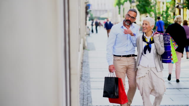 mature couple at shopping - mature couple stock videos & royalty-free footage