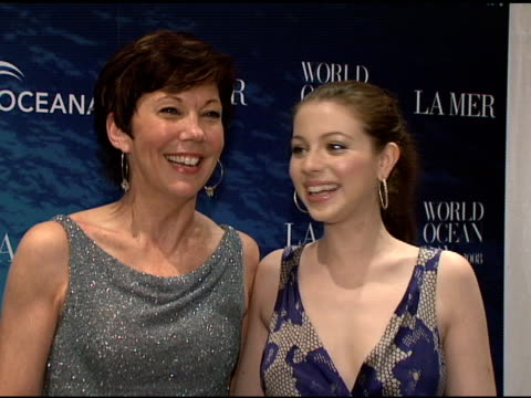 maureen case and michelle trachtenberg at the la mer and oceana present world ocean day 2008 at new york ny. - michelle trachtenberg stock videos & royalty-free footage