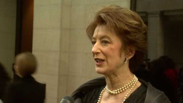 maureen lipman on being nervous on working with lawrence olivier in the theatre the talent in the uk at the 2010 laurence olivier awards at london... - maureen lipman stock videos and b-roll footage