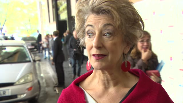 interview maureen lipman on the seriousness of the event as well as the humour and how they should stay focused at women of the year lunch and awards... - maureen lipman stock videos and b-roll footage