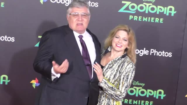 vidéos et rushes de maurice lamarche at the zootopia premiere at el capitan theatre in hollywood at celebrity sightings in los angeles on february 17 2016 in los angeles... - cinéma el capitan