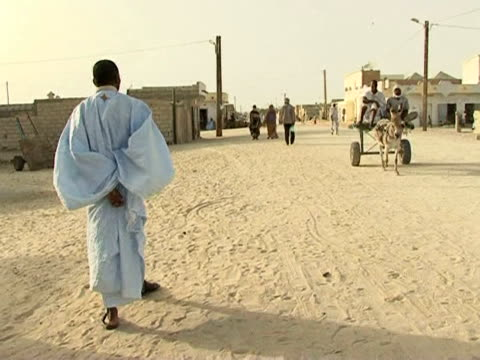 mauritanians head to the polls on saturday to elect their president but one community remains highly marginalised. thousands of haratine are still... - mauritania stock videos & royalty-free footage