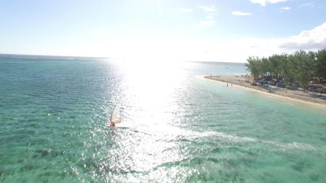 vídeos y material grabado en eventos de stock de mauritius - windsurf