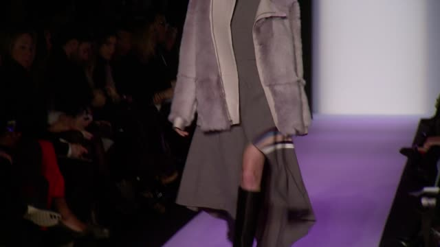 stockvideo's en b-roll-footage met max azria fall 2014 mercedesbenz fashion week at the theatre at lincoln center on in new york city - bcbg max azria