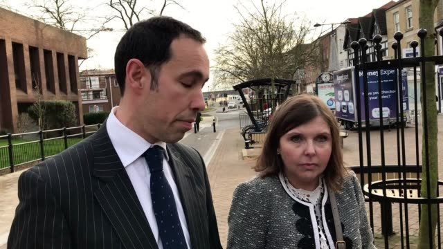 stockvideo's en b-roll-footage met max clifford's daughter louise clifford stands beside her solicitor neil cronin as he reads a family statement outside peterborough magistrates'... - publiciteitsmedewerker