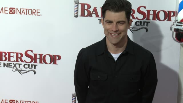 stockvideo's en b-roll-footage met max greenfield at barbershop the next cut los angeles premiere at tcl chinese theatre on april 06 2016 in hollywood california - tcl chinese theatre