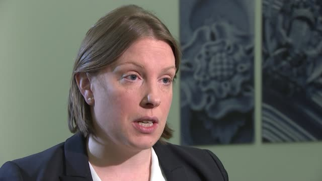 maximum stakes on fixedodds gambling machines to be cut to £2 london int tracey crouch mp interview sot/ ladbrokes bookmaker in high street gv... - しゃがむ点の映像素材/bロール