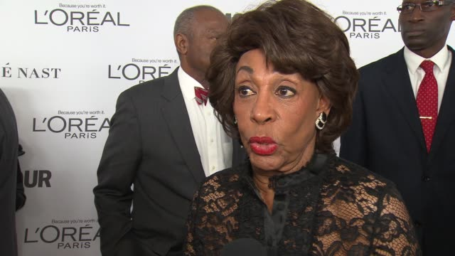 INTERVIEW Maxine Waters on being big with millennials at Glamour's 2017 Women Of The Year on November 13 2017 in New York City