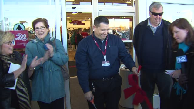 A TJ Maxx opened up at the site of a Lane Bryant where 5 people were killed in 2008 Ribbon Cutting At New TJ Maxx Store on November 07 2013 in...
