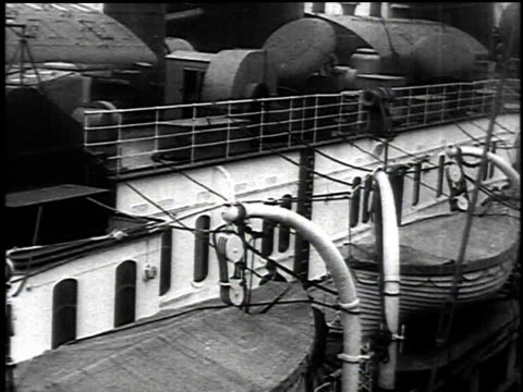 stockvideo's en b-roll-footage met may 1 1915 ds passengers aboard the docked lusitania / new york new york united states - 1915