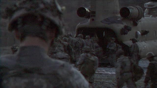 May 1 2009 MS American soldiers boarding helicopter / Konar Valley Afghanistan