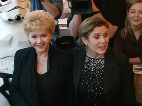may 12, 2005 carrie fisher and mom debbie reynolds at star wars: episode 3 premiere at uptown theater - adult offspring stock videos & royalty-free footage