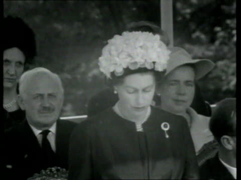 stockvideo's en b-roll-footage met may 14, 1965 film montage queen elizabeth speaking at dedication of john f. kennedy memorial/ runnymede, england/ audio - 1965