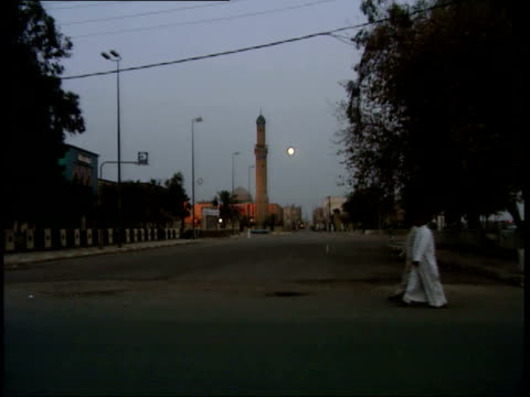 may 14 1999 zo tower at sunset / nasiriyah iraq - nasiriyah stock-videos und b-roll-filmmaterial