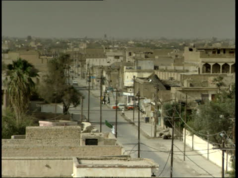 may 15 1999 ha active city street / nasiriyah iraq - nasiriyah stock-videos und b-roll-filmmaterial