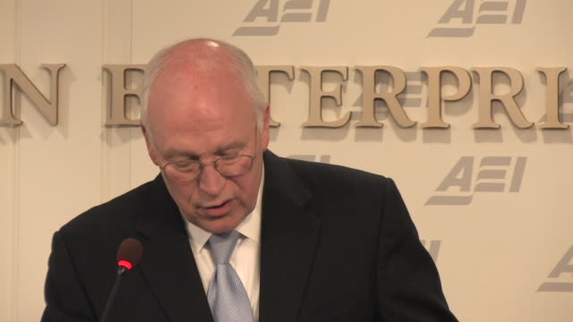 may 2009 former u.s. vice president, dick cheney, speaking at the american enterprise institute, about terrorism and u.s. security policy/ washington... - 薄毛点の映像素材/bロール