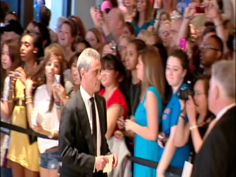 may 2009 white house chief of staff, rahm emanuel, arriving at the white house correspondents' dinner/ washington dc, usa/ audio - kompletter anzug stock-videos und b-roll-filmmaterial