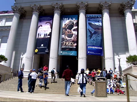 may 22 2002 ws people entering the national museum of natural history at the smithsonian / washington dc united states - smithsonian institution stock videos & royalty-free footage