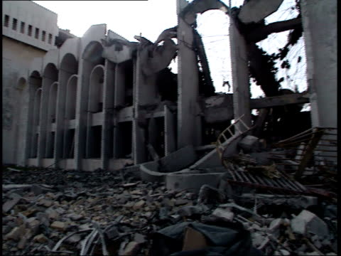 may 7, 1999 montage rubble and destroyed buildings in the city / basra, iraq - basra stock-videos und b-roll-filmmaterial