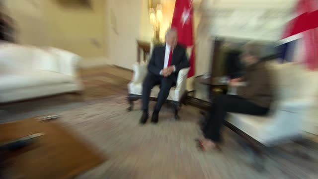 May meeting with Turkish Prime Minister ENGLAND London Downing Street INT Binali Yildirim and Theresa May MP into room and chatting