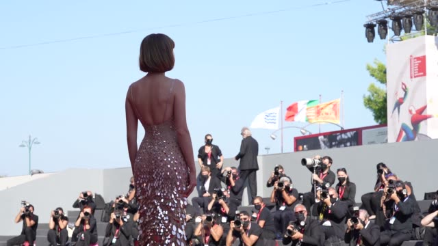 maya hawke arrives on the red carpet ahead of the 'mainstream' screening during the 77th venice film festival on september 05, 2020 in venice, italy. - arts culture and entertainment stock videos & royalty-free footage