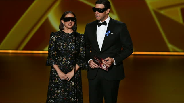 maya rudolph and ike barinholtz speak onstage during the 71st emmy awards at microsoft theater on september 22, 2019 in los angeles, california. - maya rudolph video stock e b–roll