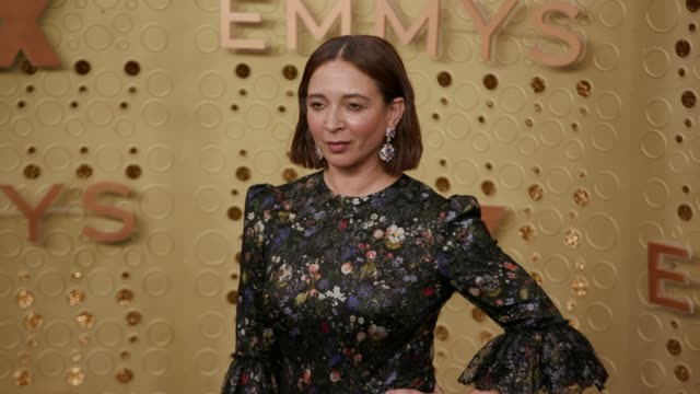 maya rudolph at the 71st emmy awards arrivals at microsoft theater on september 22 2019 in los angeles california - maya rudolph video stock e b–roll