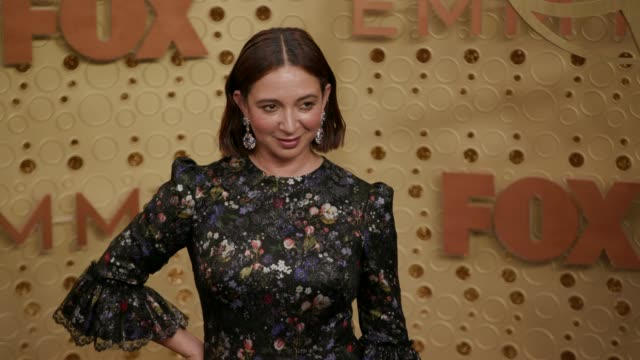 maya rudolph at the 71st emmy awards - arrivals at microsoft theater on september 22, 2019 in los angeles, california. - maya rudolph video stock e b–roll