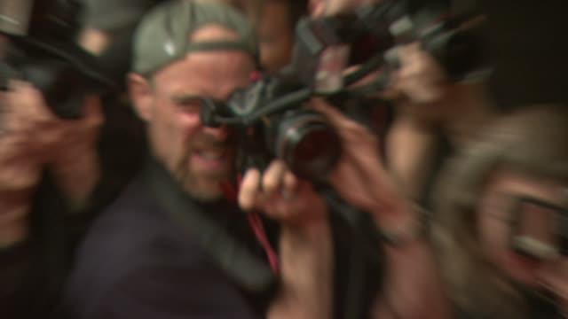 maya rudolph at the 'away we go' screening at new york ny. - maya rudolph video stock e b–roll