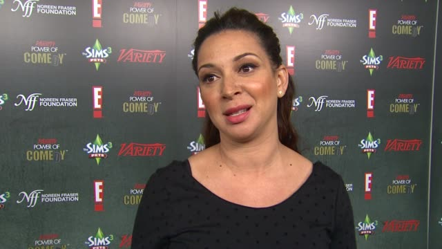 maya rudolph on amy poehler being honored at the variety's 2nd annual power of comedy event at hollywood ca - maya rudolph video stock e b–roll