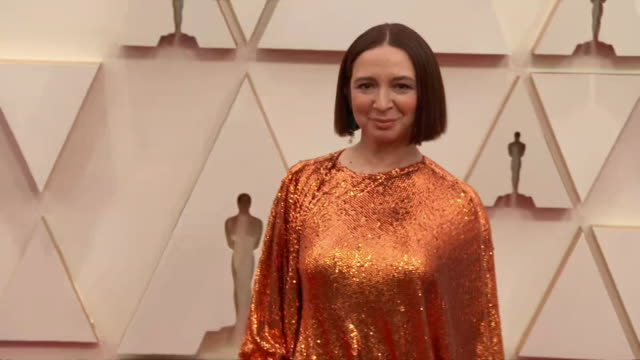 maya rudolph walking the red carpet at the 92nd annual academy awards at the dolby theater in los angeles, california. - music or celebrities or fashion or film industry or film premiere or youth culture or novelty item or vacations 個影片檔及 b 捲影像