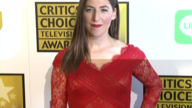 mayim bialik at the 2014 critics' choice television awards at the beverly hilton hotel on june 19 2014 in beverly hills california - mayim bialik stock videos & royalty-free footage